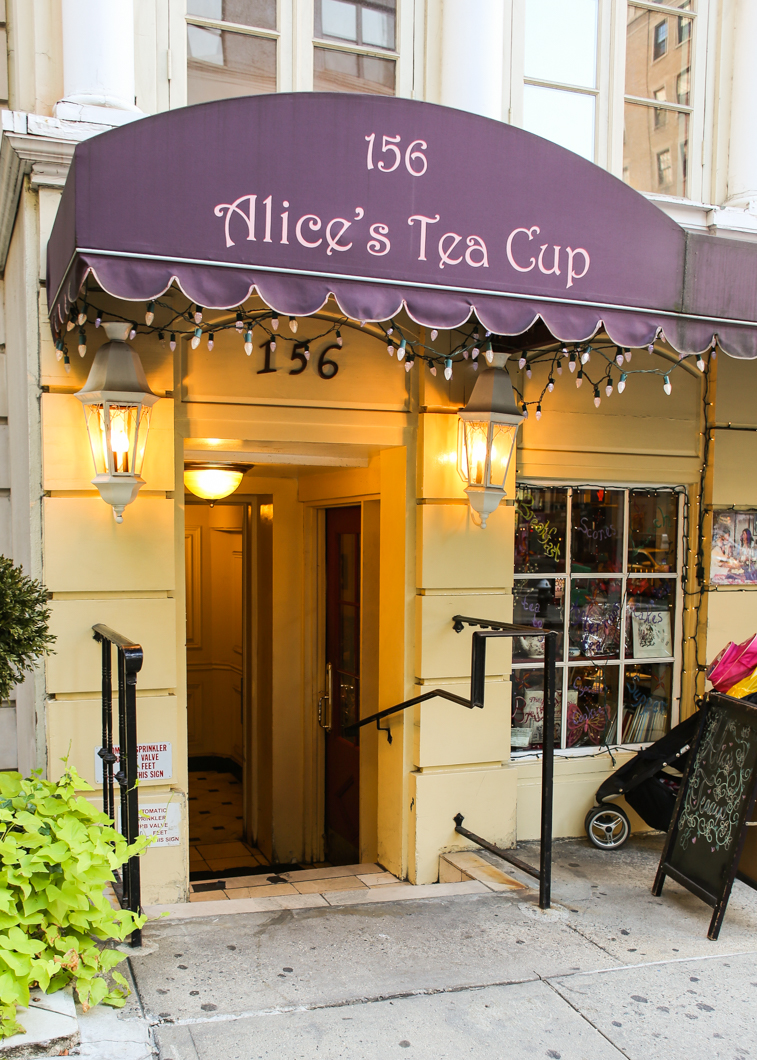 Street view, Alice's Tea Cup Chapter ii