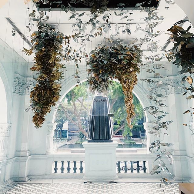 Made a solo visit to the @singaporeartmuseum today to catch the #singaporebiennale before it ends on Feb 26. I realized how much I love walking through museums on my own. Today, I lingered a little longer in this beautiful glass porch. . Paper and felt art by @cutfelt