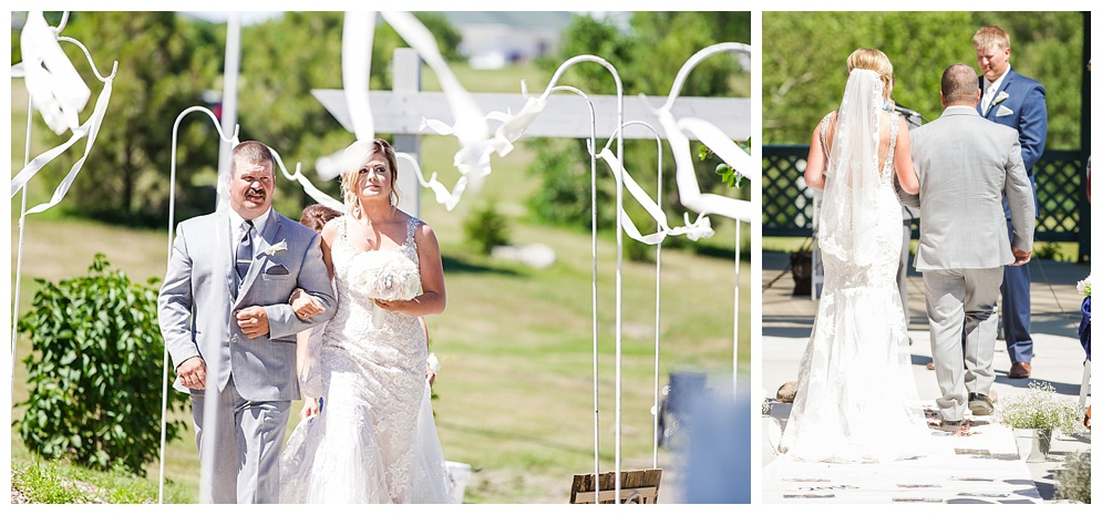 I love this moment and this picture, Brittni & Tyler seeing each other for the first time as Brittni is escorted down the isle by her dad :)
