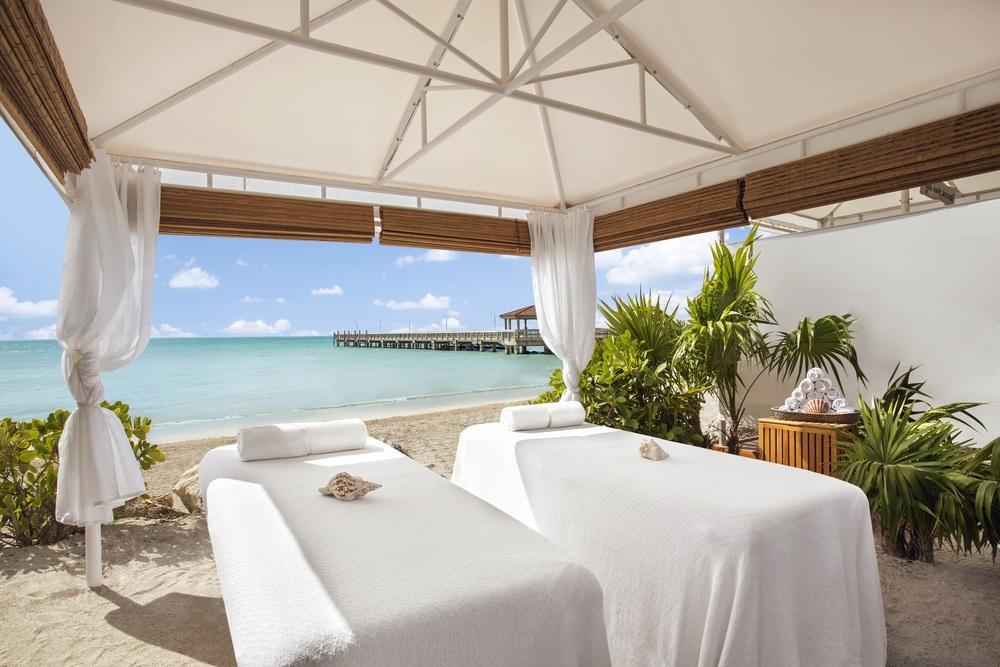 waldorf_casa_beach_massage.jpg