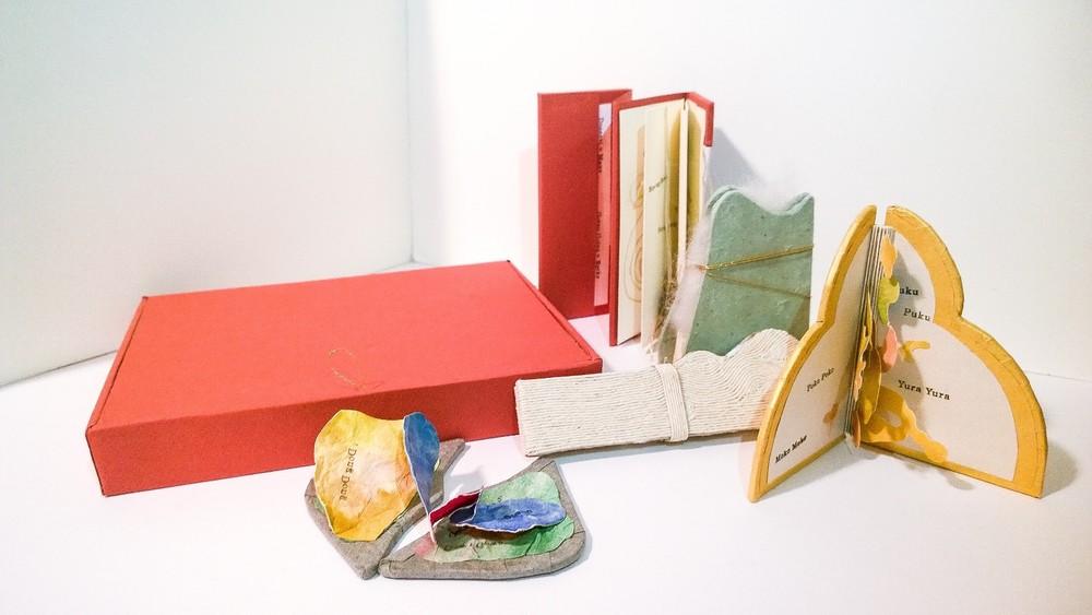 A Box of Onomatopoeias — ASA NAKATA