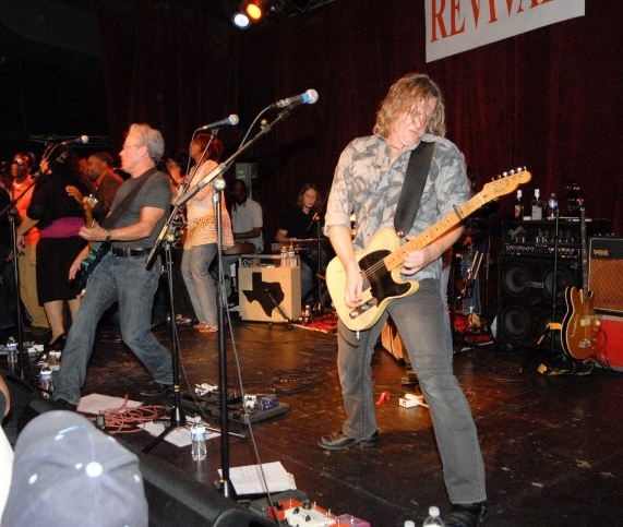 """Radney Foster's """"Revival"""" record release show at the exit/in, possibly his first show with that amp. it appears to be hangin' just fine with the hippie's old AC30...no small feat!"""