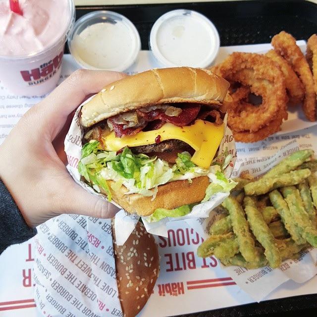 Big Burger.jpg