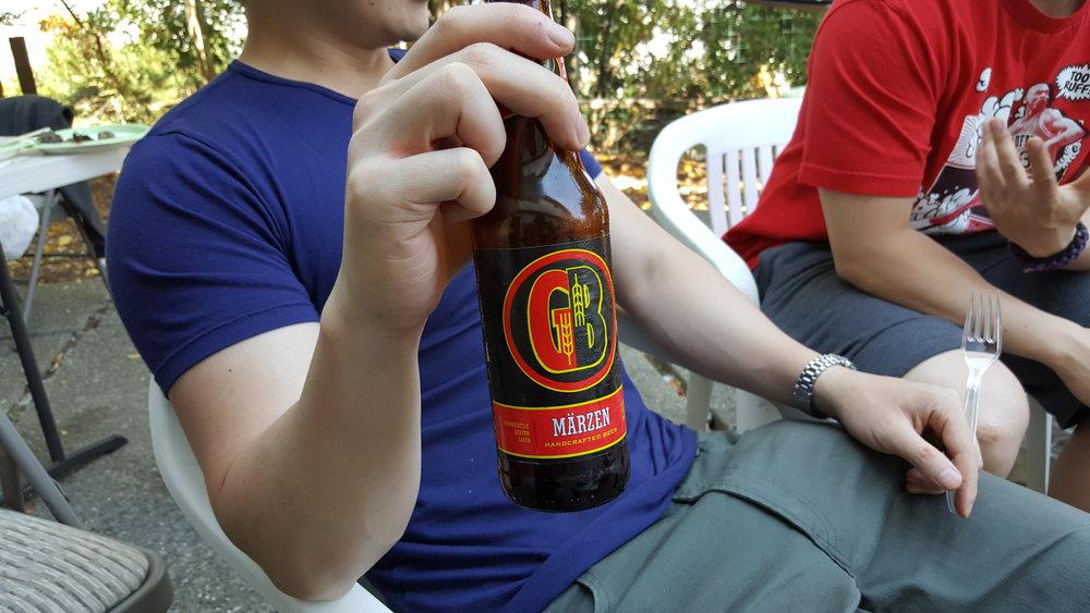 Gordon Biersch Märzen:An extremely smooth, auburn colored Bavarian lager with a mildly sweet, Munich malt finish.