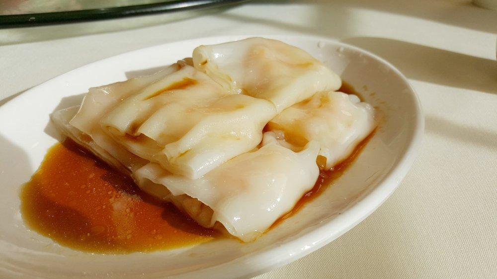 Shrimp Noodle Rolls