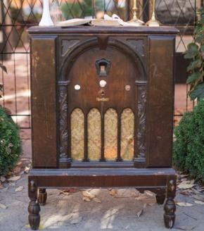 1046    Vielle radio / Old Radio    1