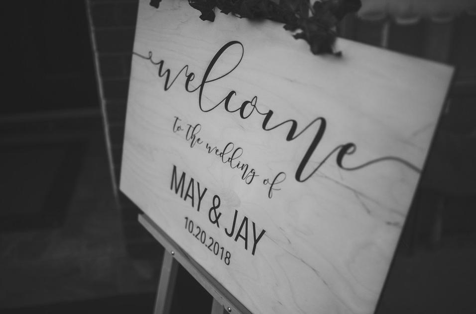 Affiche de bienvenue gravé / Engraved Welcome Sign    Personnalisé / Custom
