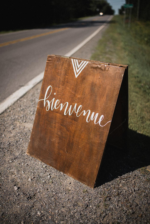 2027    Affiche de bienvenue plié / Folded welcome sign    1