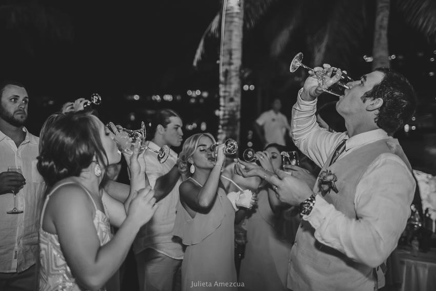 Morgan and Ryan. Fiesta Americana Cabo Wedding Photography, Julieta Amezcua. (691 of 811).jpg