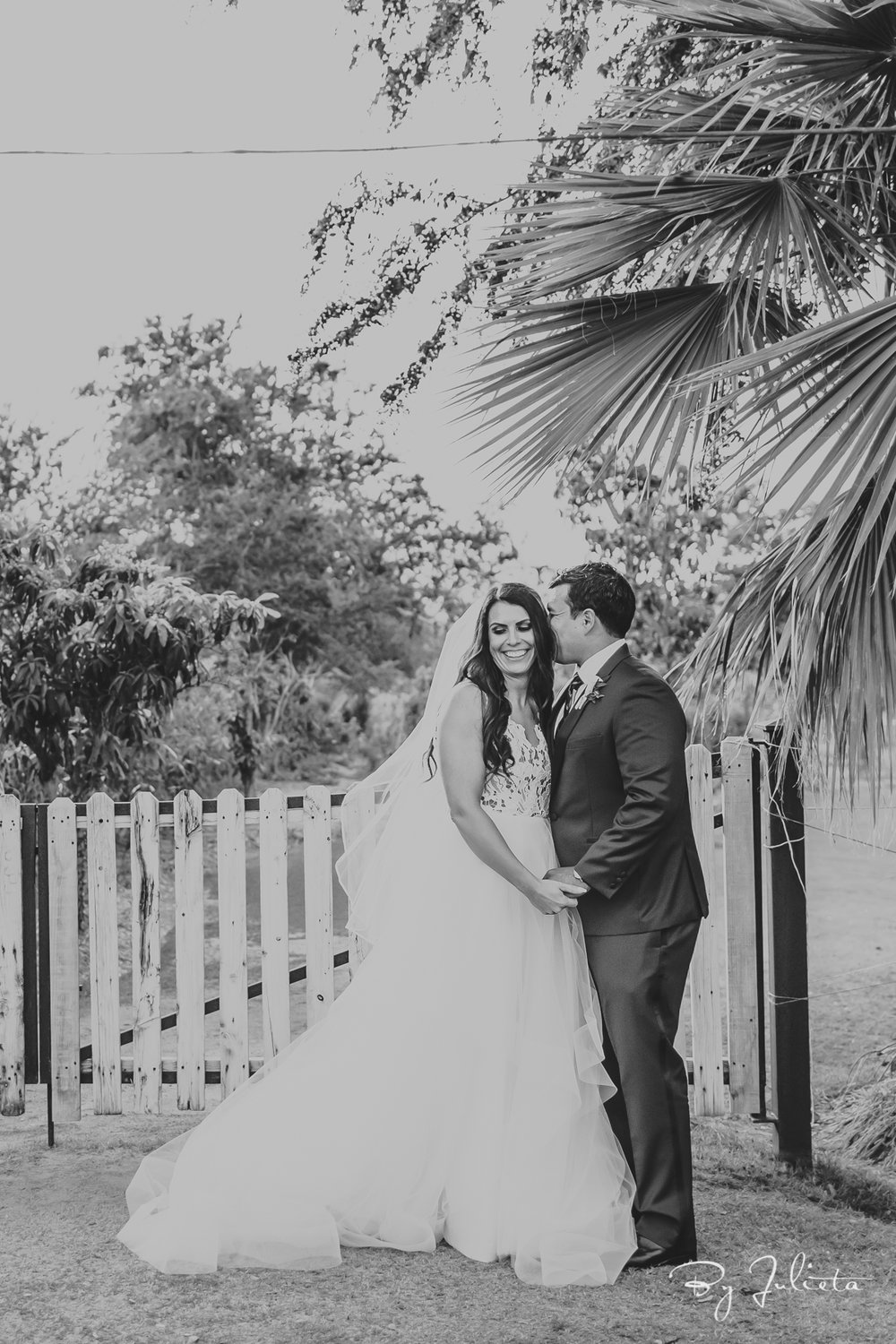 FlorasFarmWedding.AliseandArmando.JulietaAmezcuaPhotography.(193of560).jpg