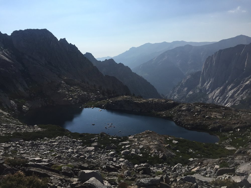 A smaller lake on the way down to Hamilton Lake