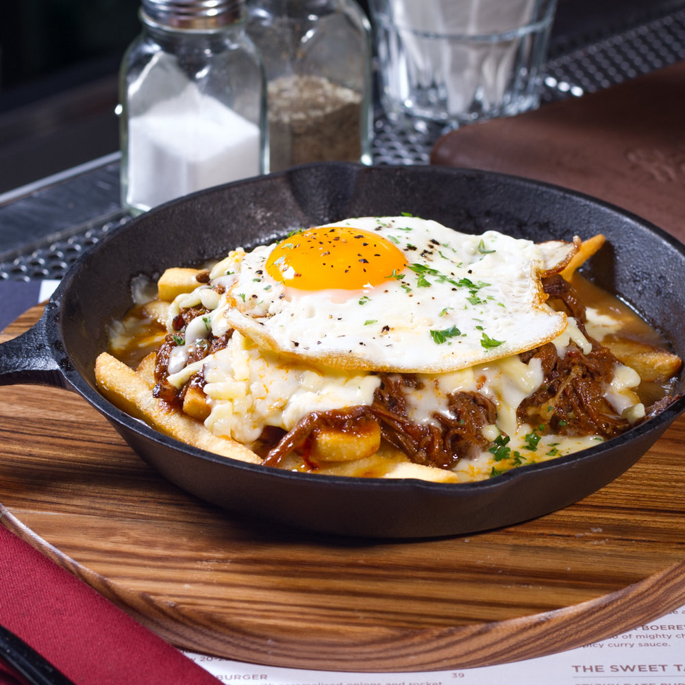 PULLED-BEEF-POUTINE.jpg