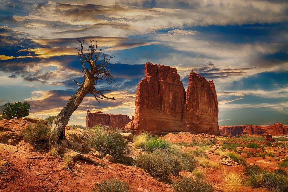 bryce-canyon-2611781_1920.jpg