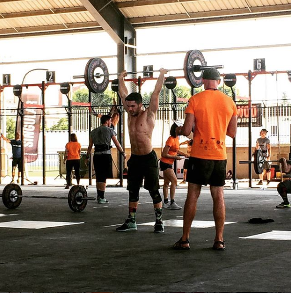 Thruster photo of:  @victorvvc on IG