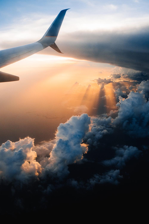 plane voyedge rx travel sunset