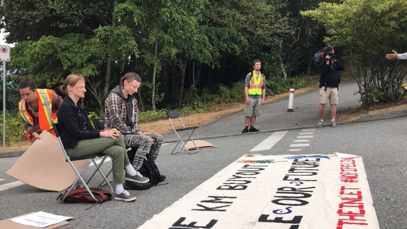 trans-mountain-arrests - Burnaby Now.jpg
