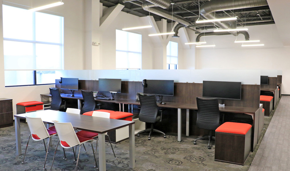 5_Office_Cubicles[2].jpg