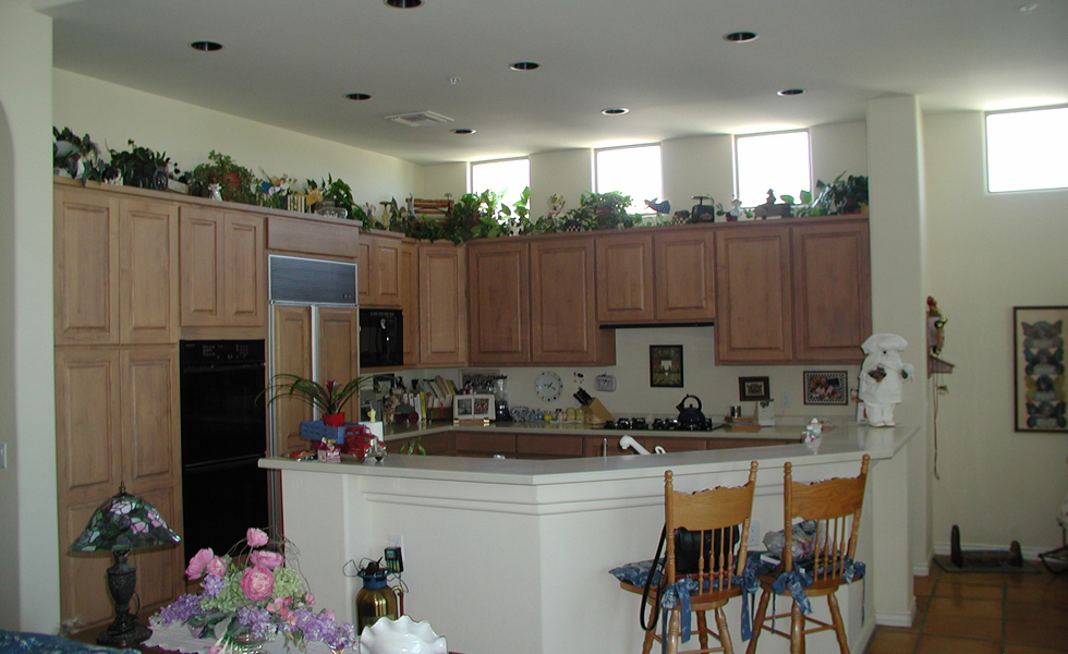 17-landgraf-before-kitchen.jpg