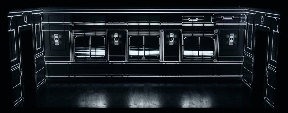 PRODUCTION PHOTO : TRAIN CAR