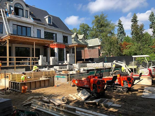 New project in the heart of Forest Hill is underway! The team is tackling all the foundations in preparation for the vast amount of stonework that's going in. This project will definitely be a show piece when completed! . . . . . #construction #landscaping #landscapeconstruction #landscapingthe6ix #highend #custom #stonework #masonary #toronto
