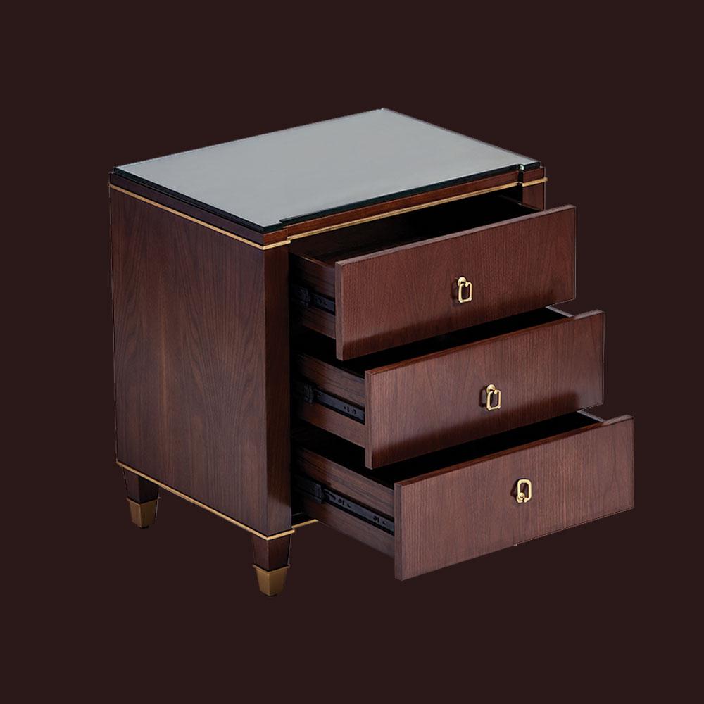dressers & nightstands -
