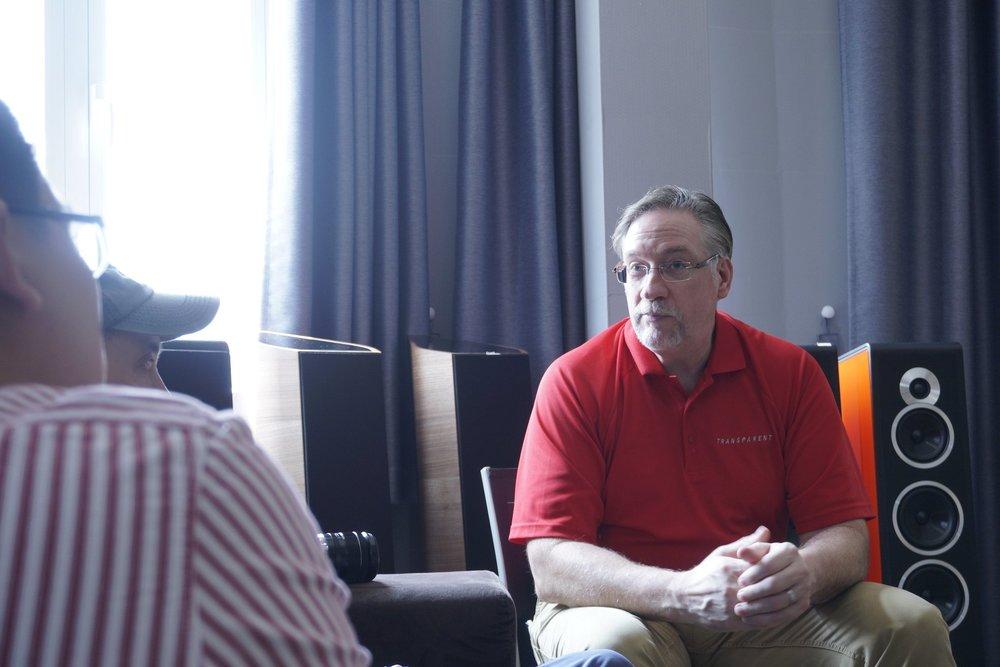 Bob McConnell Tinh Tế Transparent Đông Thành - Hòa Phúc
