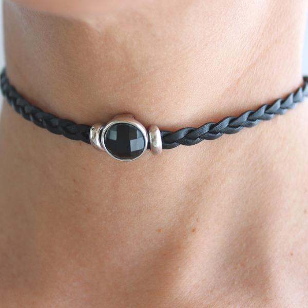 The  Luna Choker  comes adorned with a black-quartz crystal.