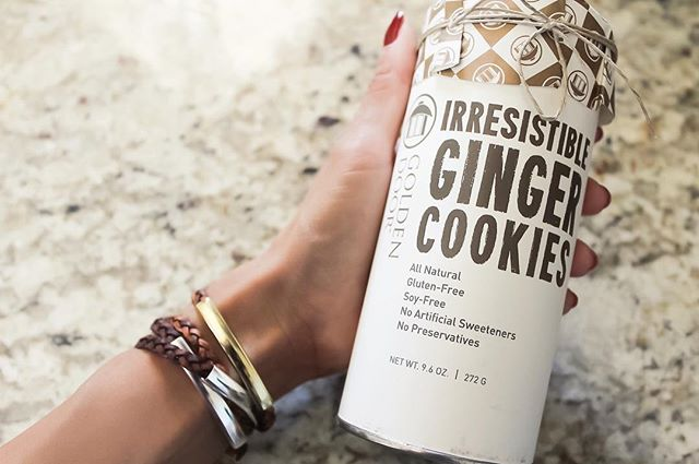 Getting sweet with the  Mini Addison Braided Wrap in Gold & Silver  & some yummy ginger cookies!