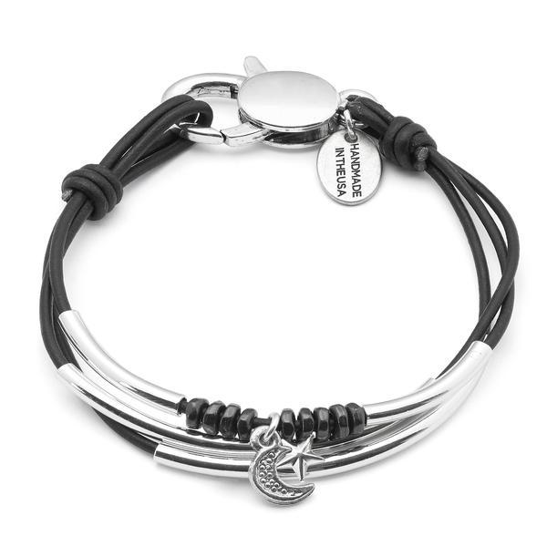 Lisa-Moon-N-Star-charm-bracelet_grande.jpg