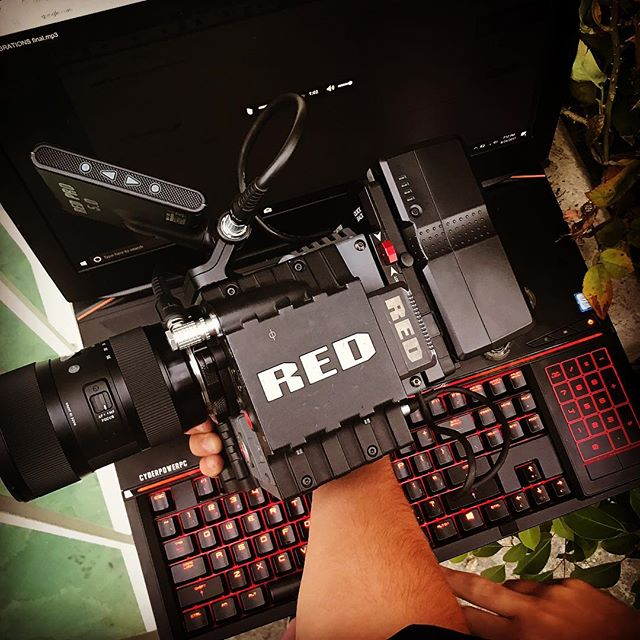 The Dynamic Duo #redscarlet #cyberpowerpc #redsmatter . . . . #cinema #redcamera #cinematographer #cinematography #video #videographer #videography #5k #4k #film #filmmaking #filmmaker #photo #photoshoot #videoshoot #photography #photographer #sigma #production #equipment #hollywood #motionpicture #movies #musicvideos #hiphop @therileyman @jaspersaxx