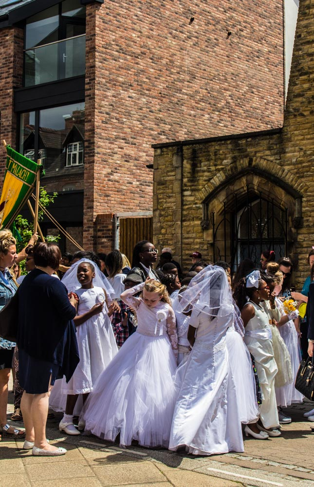 Procession through Ancoats (2 of 27).jpg