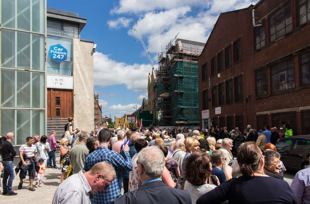 Procession through Ancoats (13 of 27).jpg
