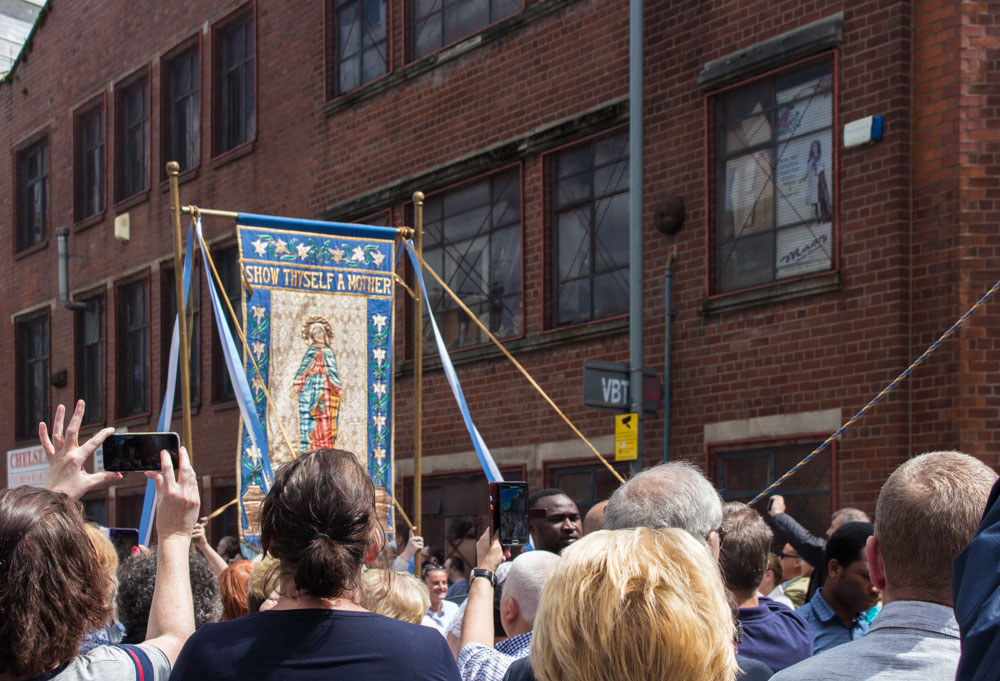 Procession through Ancoats (16 of 27).jpg