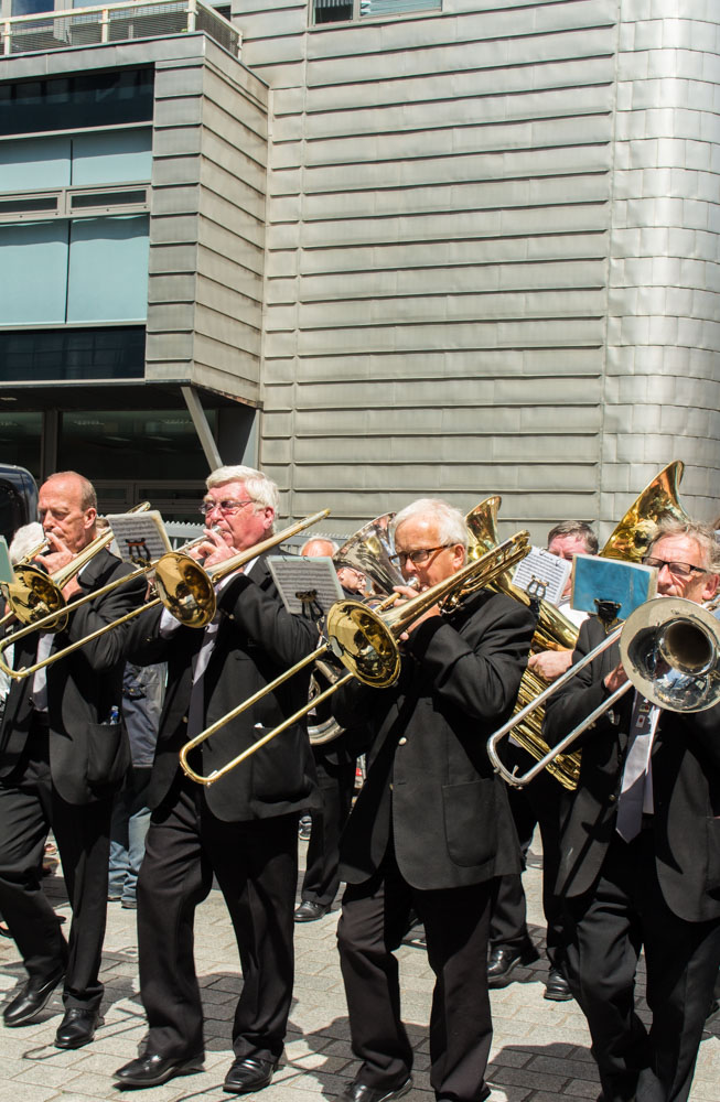 Procession through Ancoats (24 of 27).jpg