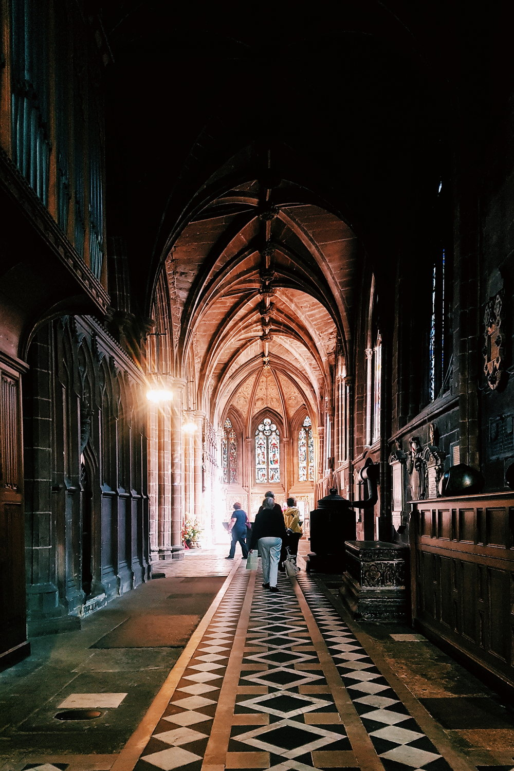 Chester Cathedral, @unfoldtheday