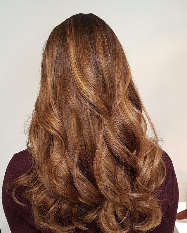 A little something different for Spring Break? #loungehairyvr #march #warmtoned