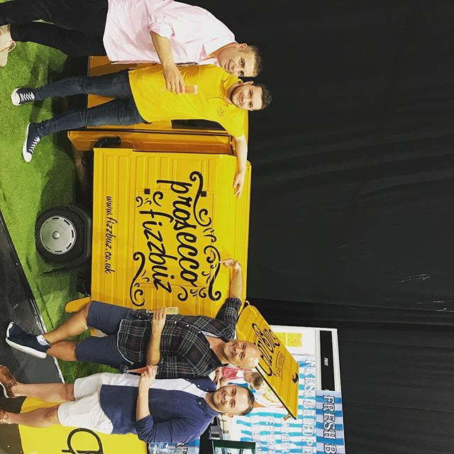 @johnamabile thanks for stoping by for a glass of Fizz with @fizzbuzvalentino #fizzbuz #proseccovan #prosecco #frizzante #idealhomeshow #sec #eatanddrinkfestival