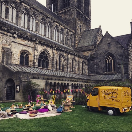 🥂🥂 It's almost time for the amazing @paisleyfoodanddrink , who's all coming along to Scotland's biggest street food and drink festival? There are so many easy ways to get to Paisley and join us for this great event it would be rude not to come join us. Big shout to the guys @Paisley.is  who are working tirelessly to organise this event, thanks for having us we can't wait 🥂🥂#fizzbuz #fizzbuzvalentino #paisleyfoodanddrink #paisley