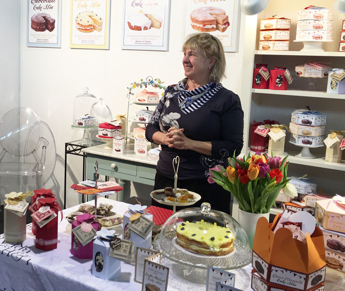 Anne at Queen of Cakes