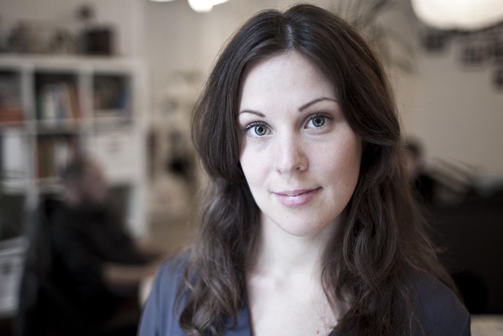 Maria Bengtsdotter Silva   Producer   +46 (0)760 - 24 83 57    maria.bengtsdotter@vingaland.se
