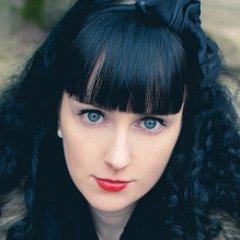 Emilie Nérot Freelance community, SEO et content manager