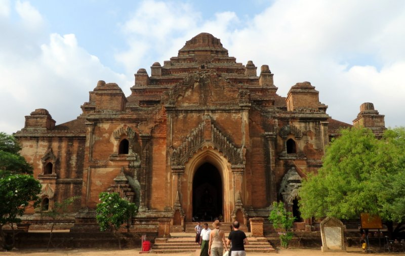 Dhammayangyi Temple - the largest temple in Bagan