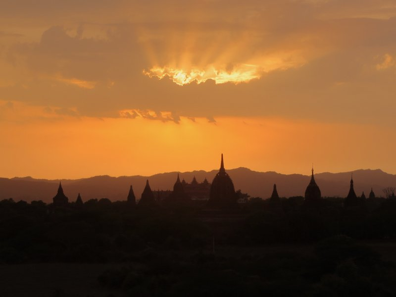 Sunset from the Shwesandaw Temple