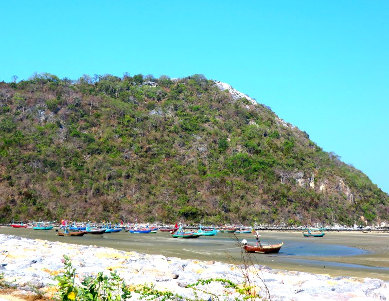 Colorful fishing boats south of Hua Hin