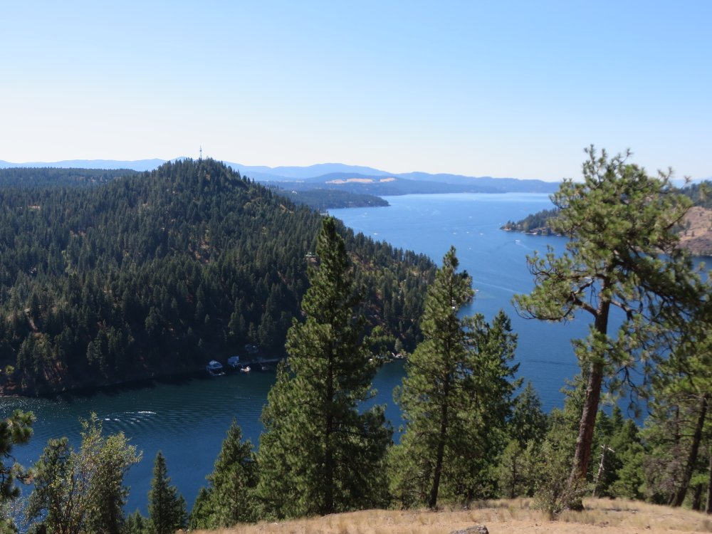 View from the Mineral Ridge Trail overlooking the lake and Beauty Bay