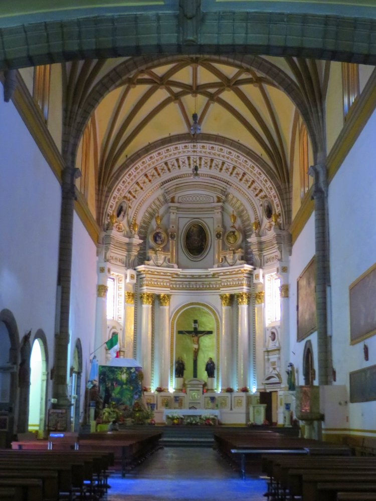 Compared to some of the other churches the inside of Templo de San Francisco is simple