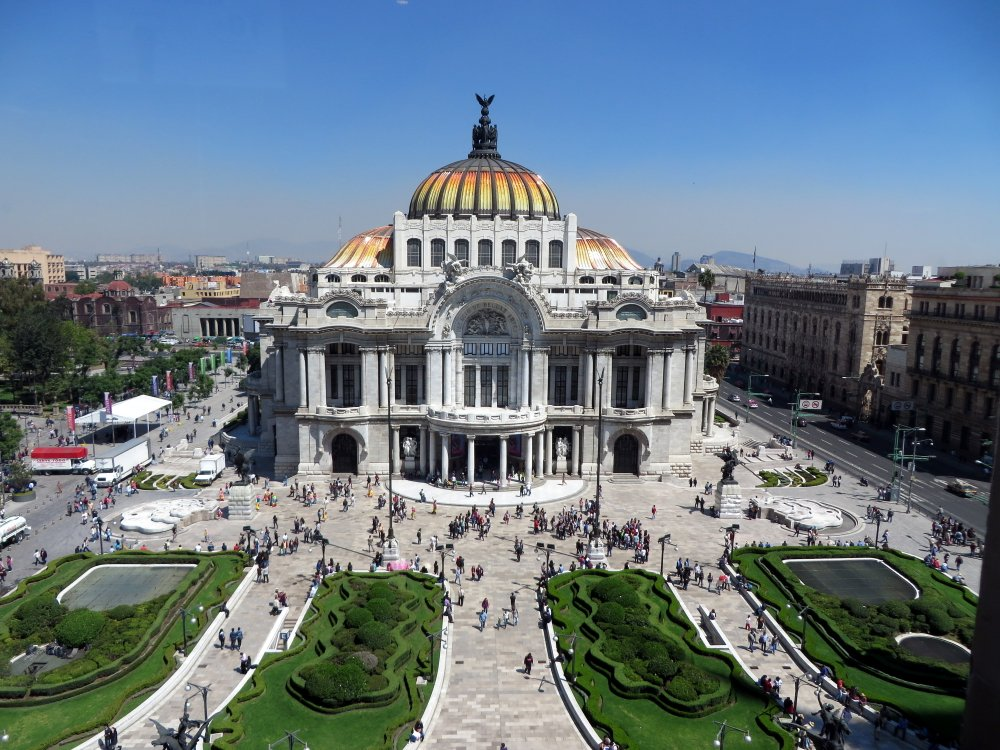 The Incredible Palacio de Bellas Artes