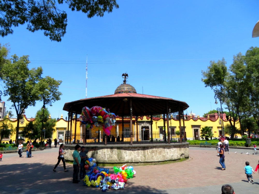 Plaza in Coayacan
