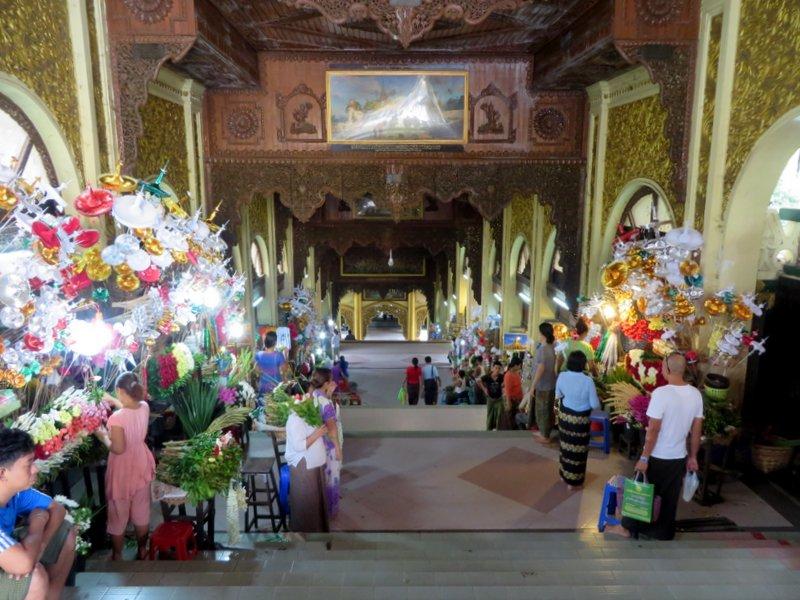 Yangon Myanmar Shwedagon Pagoda (2).JPG
