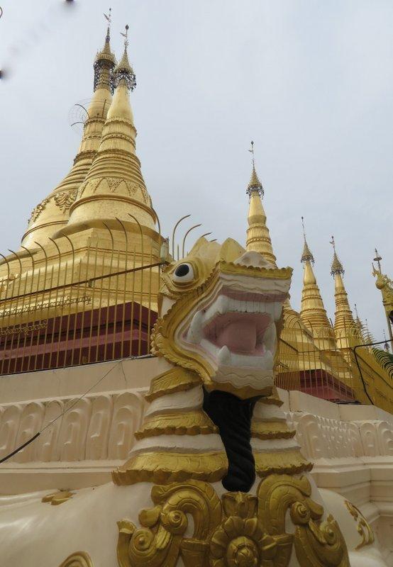 Yangon Myanmar Shwedagon Pagoda (22).JPG